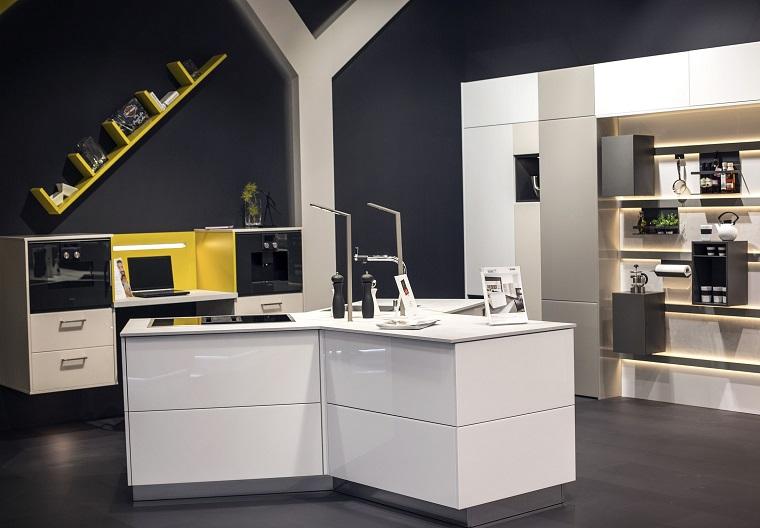 Mensole per cucina piani d 39 appoggio per attrezzare le - Mensole cucina design ...