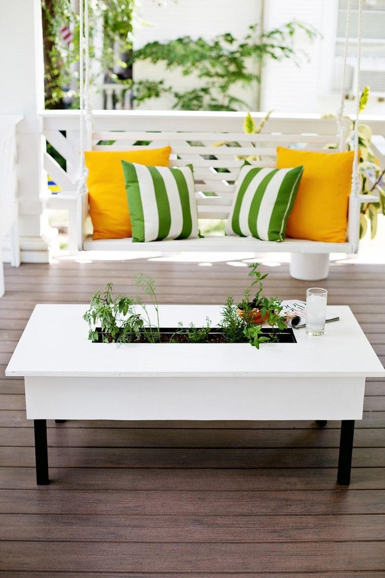mobili-giardino-fai-da-te-panca-tavolino