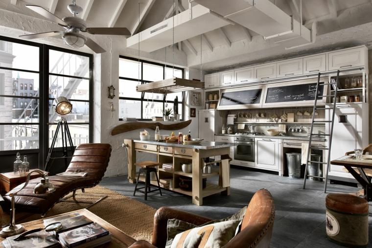 Cucina con isola centrale in legno, casa stile industriale moderno, soggiorno con poltrone in pelle