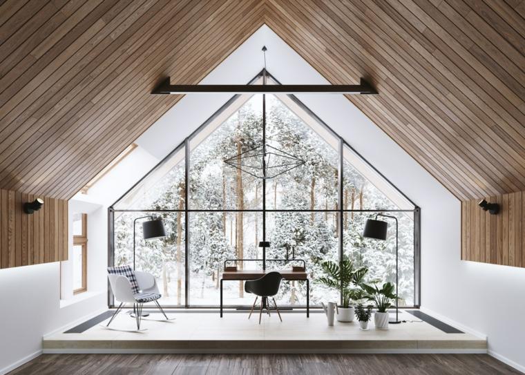 Ufficio in casa, soffitto in legno in pendenza, scrivania con sedia