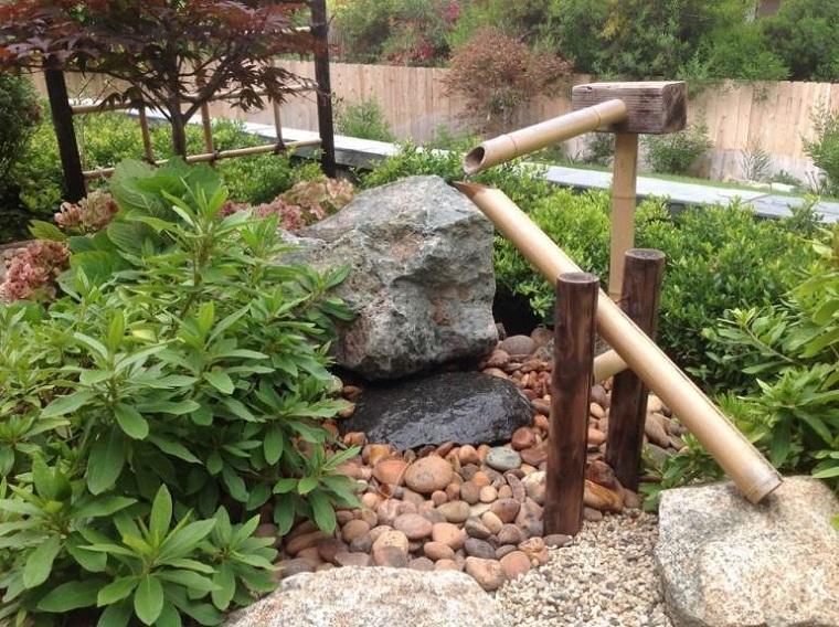 outdoor-rocce-molto-grandi-pezzi-legno