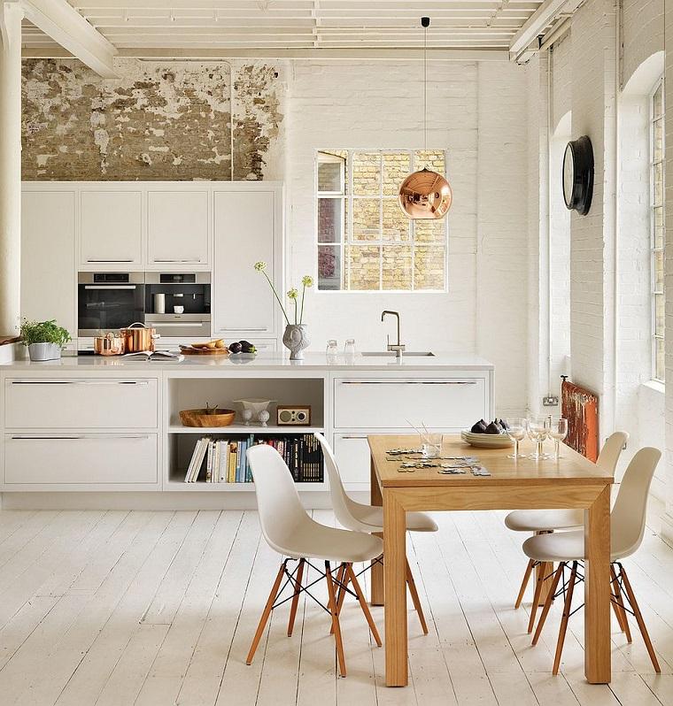 parquet-legno-chiaro-cucina-moderna