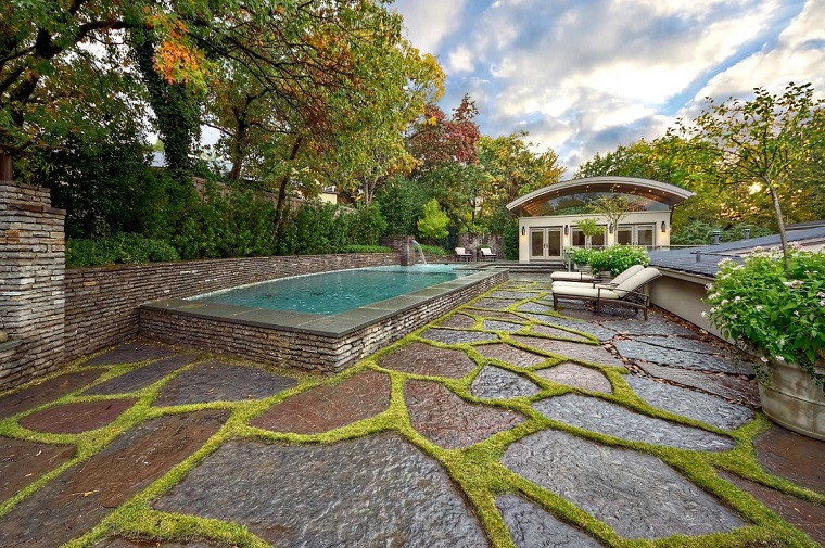 pavimentazione giardino-grandi-lastre-pietra