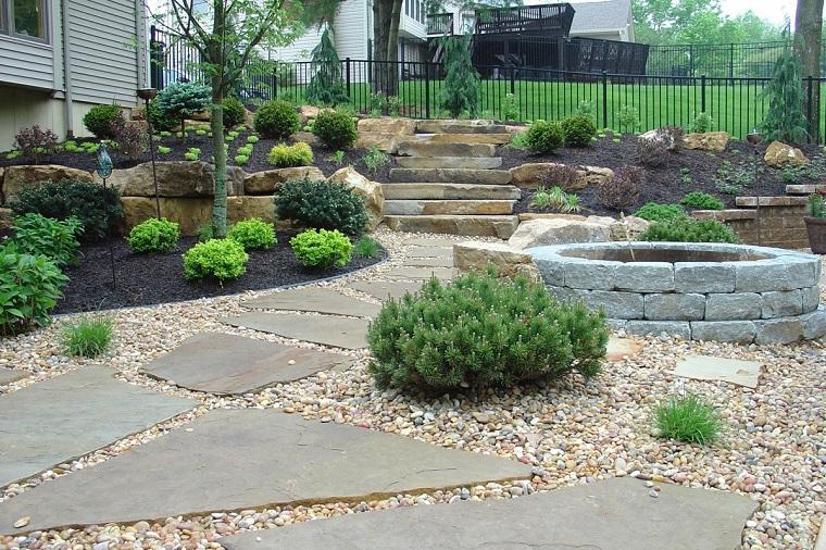 pavimento-da-giardino-pietra-sassi