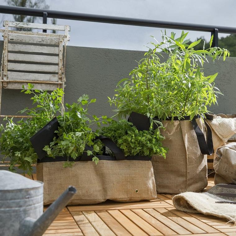 piante per balconi-idea-quelle-aromatiche