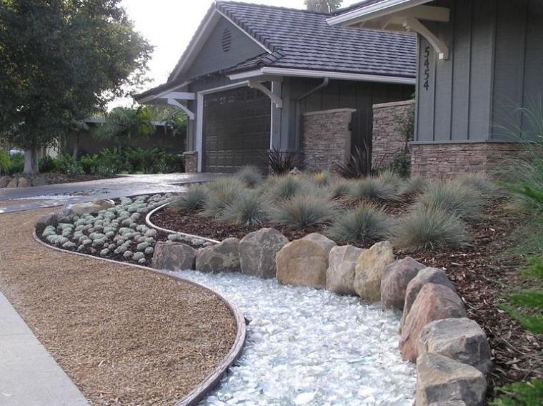 sentiero-giardino-roccioso-casa-idea-originale