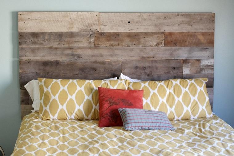 Testiera letto fai da te idee originali creative e - Testiera letto legno ...