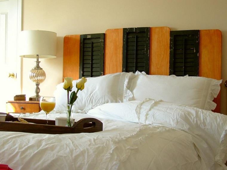 Testiera letto fai da te idee originali creative e - Creare testata letto ...
