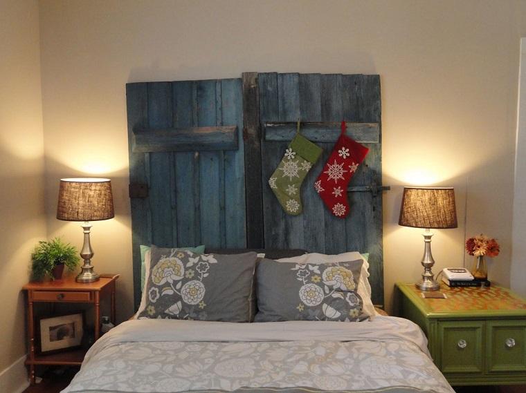 testate-letto-fai-da-te-legno-verniciato-blu