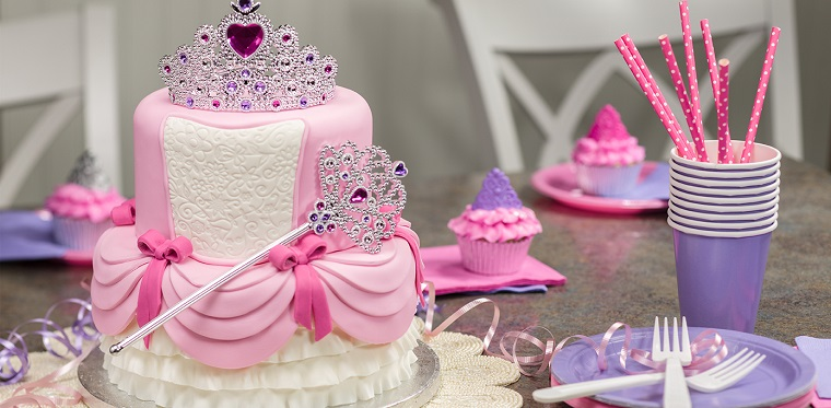 torta-principesse-corona-addobbi-compleanno