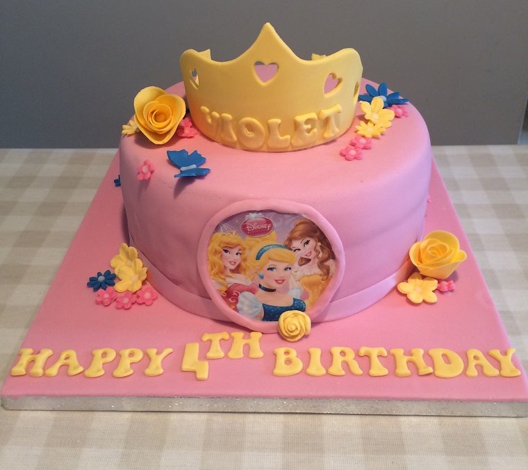 torte-principesse-colore-rosa-corona