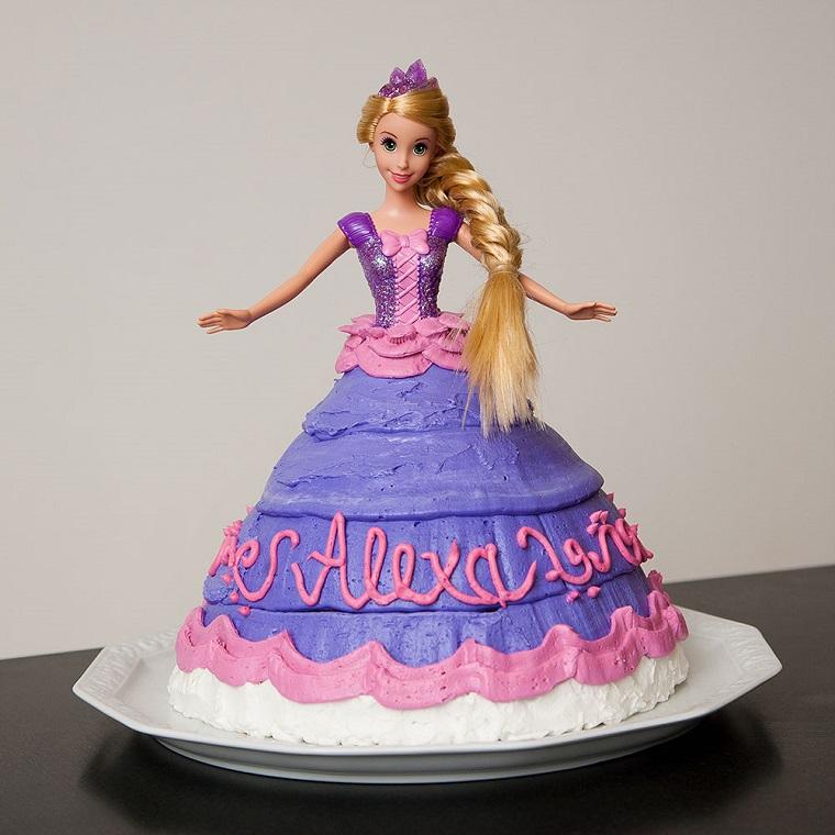 torte-principesse-compleanno-rapunzel-bambola