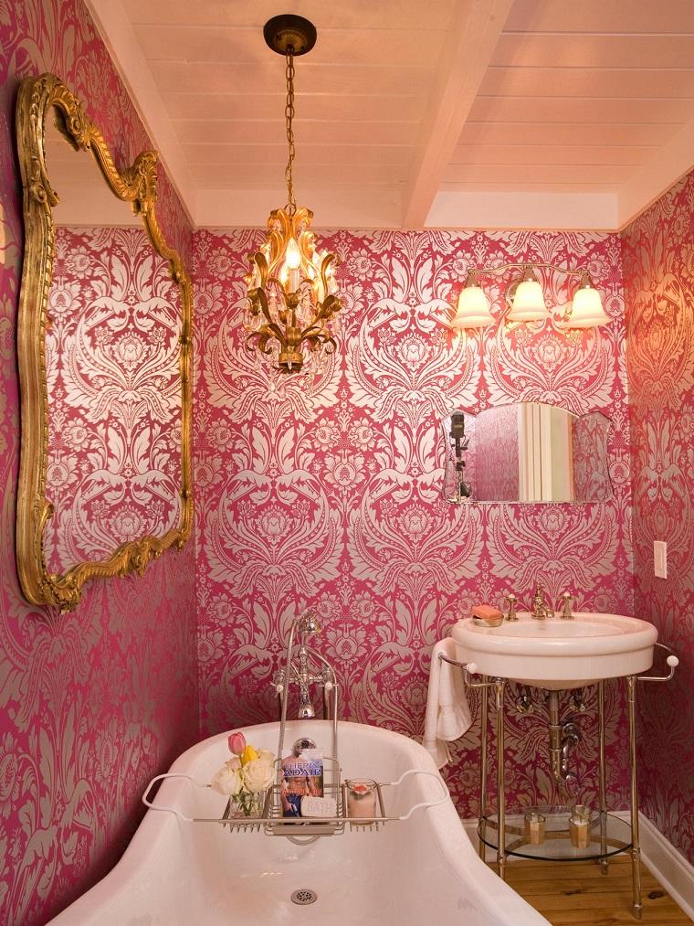 arredamento-anni-70-bagno-rosa-elegante