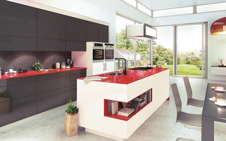 arredamento-cucina-isola-centrale-design-moderno-bianco-rosso