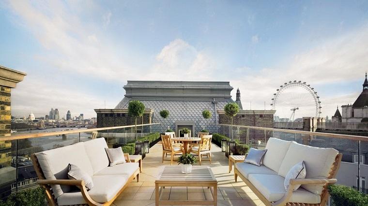 arredamento-terrazzo-mobili-design-contemporaneo