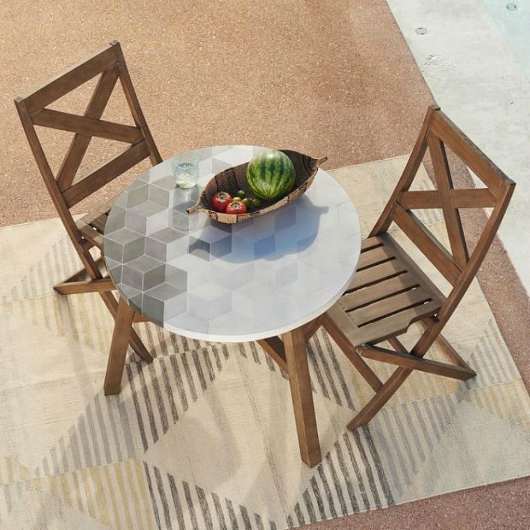 arredamento-terrazzo-mobili-legno-tavolino-rotondo