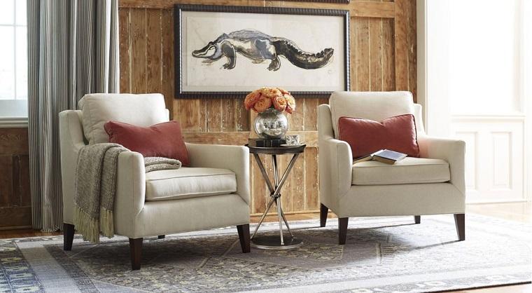 arredare-soggiorno-due-poltrone-classiche