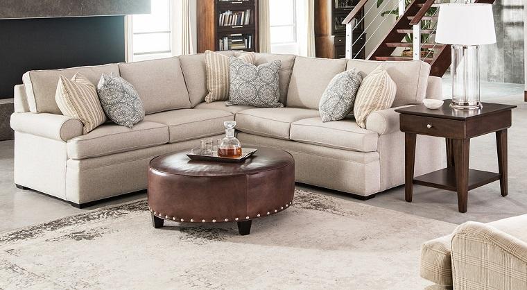 arredare-soggiorno-mobili-taglio-classico