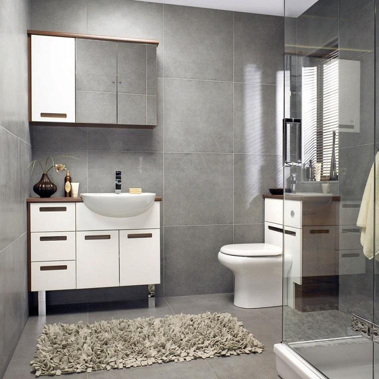 arredo-bagno-colore-grigio-design-moderno