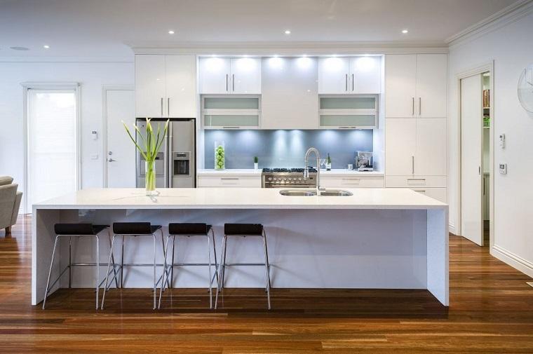 arredo-moderno-idea-cucina-bianca