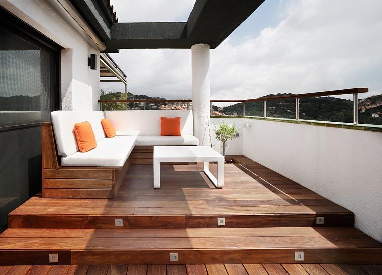 Arredo terrazzi 30 soluzioni anche per uno spazio dalle for Arredo terrazzi