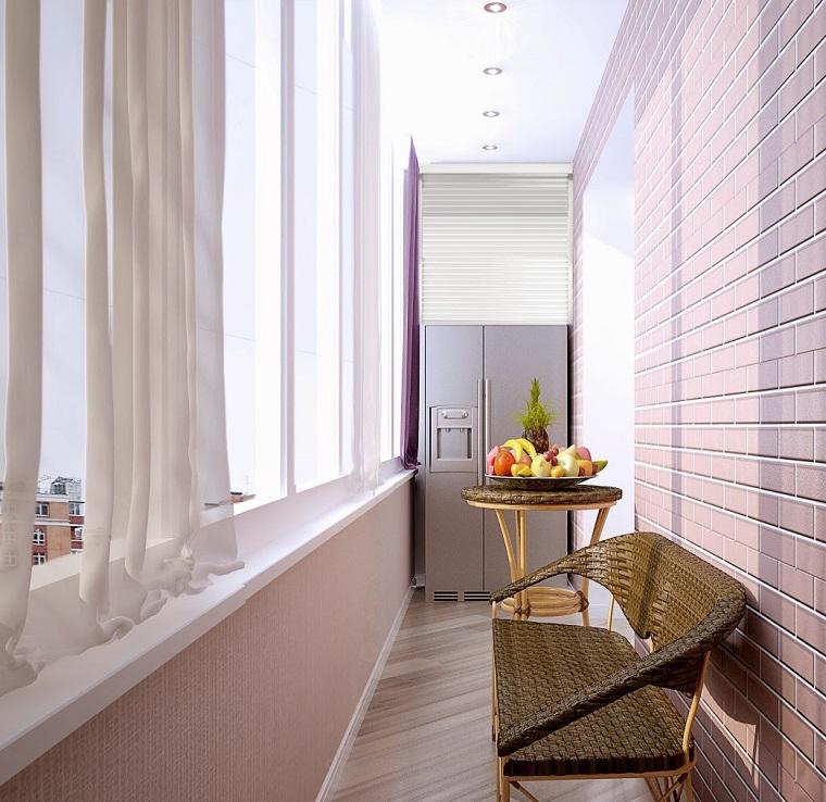 arredo-terrazzo-stretto-lungo-mobili