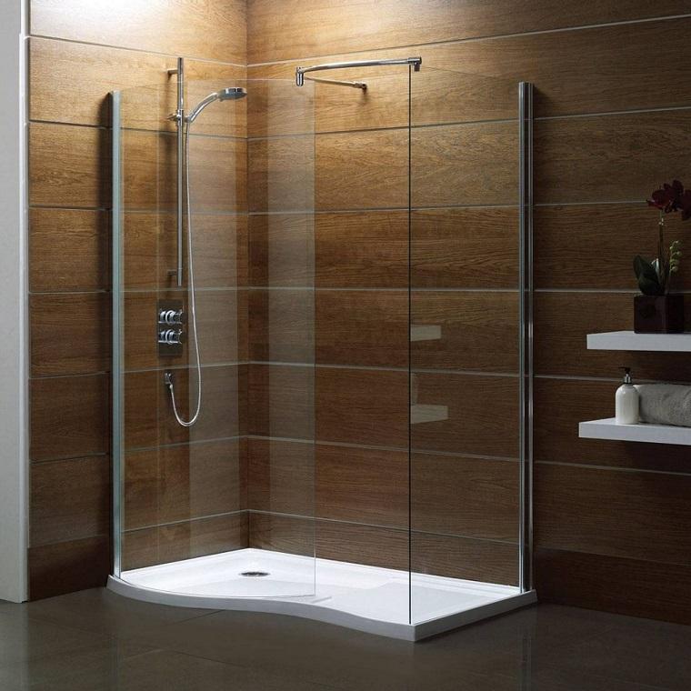 bagni-moderni-con-doccia-rivestimento-legno