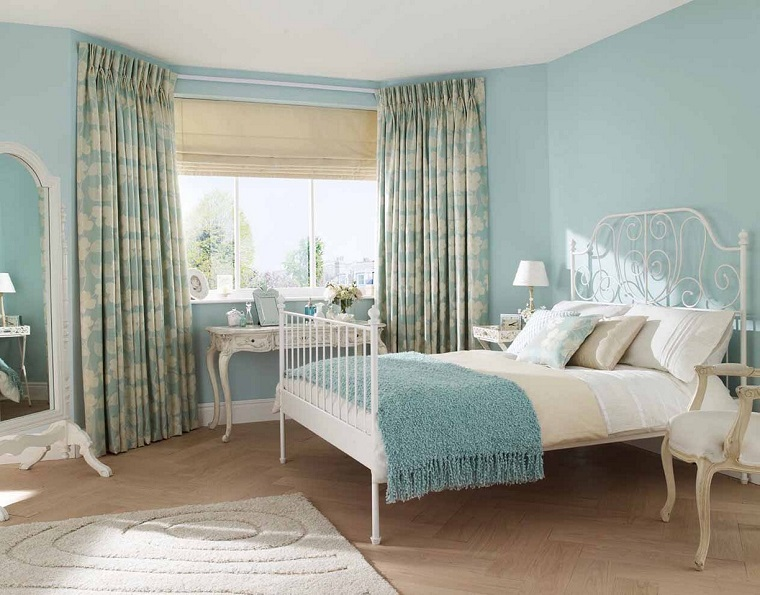 camere-da-letto-country-parete-colore-azzurro
