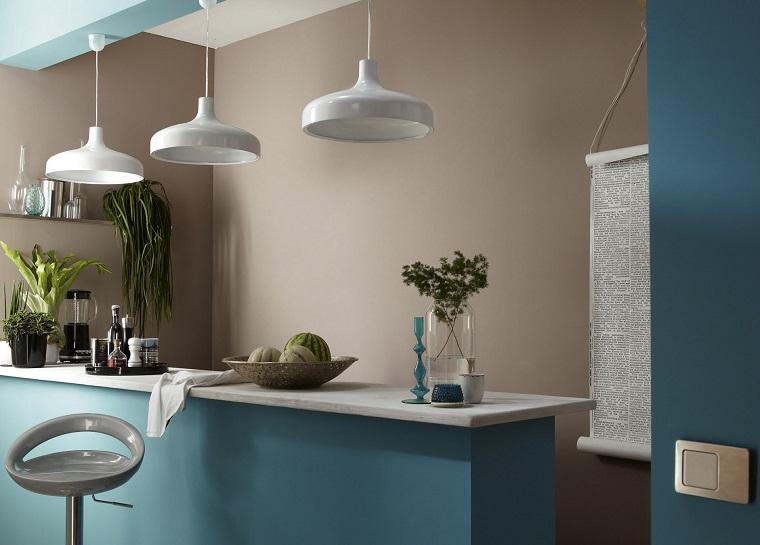 color-tortora-pareti-abbinato-turchese
