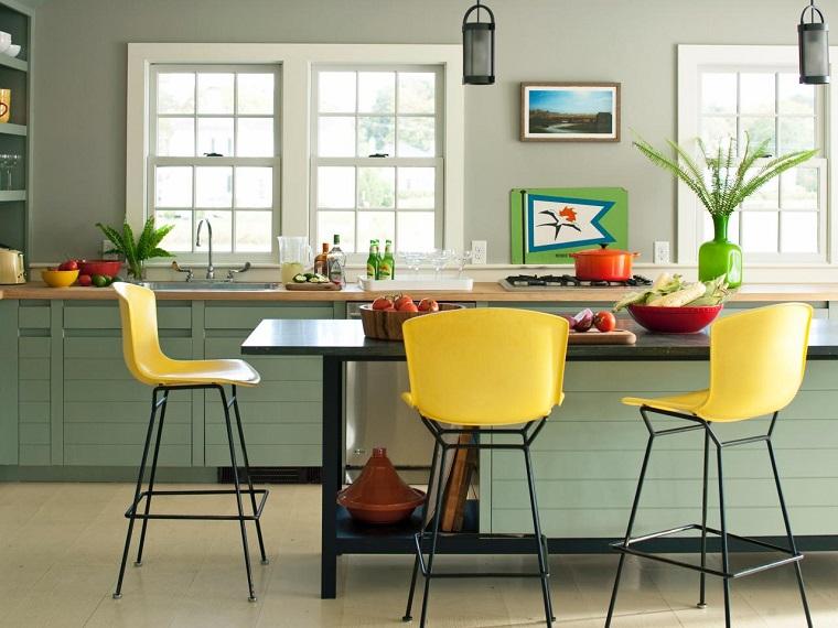 colore-pareti-casa-grigio-cucina