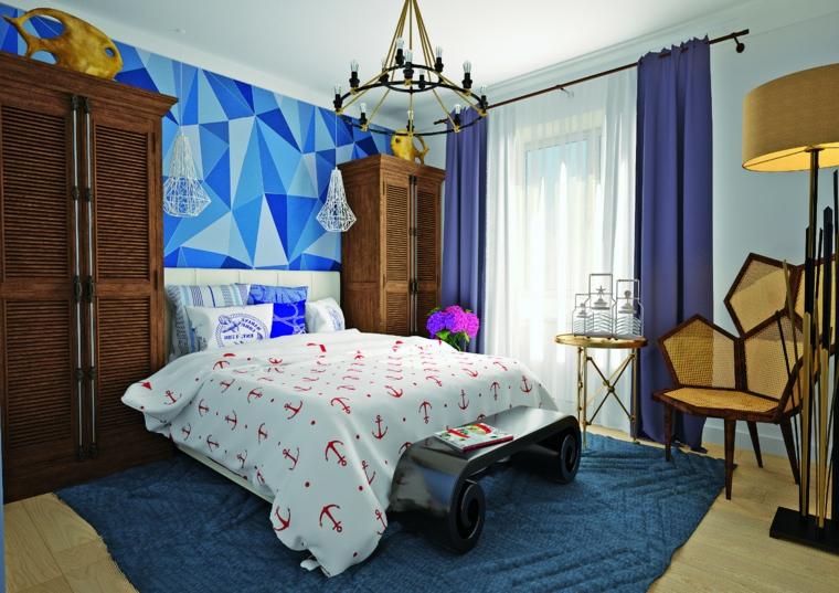 Parete con figure geometriche, tinta pareti tonalità del blu, colori rilassanti, lampadario con lampadine
