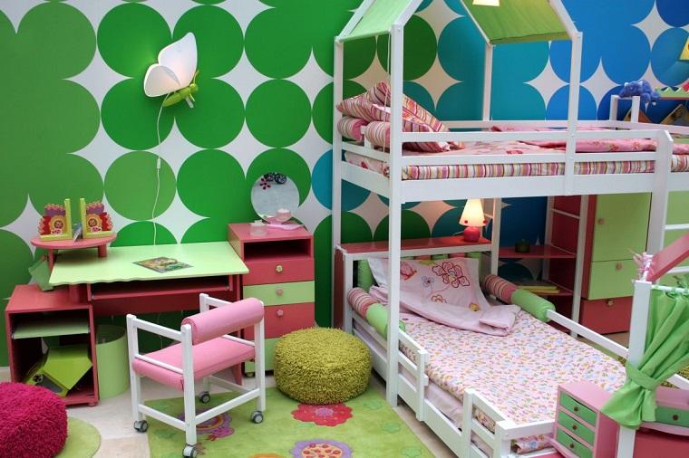 colori-pareti-camerette-decorazioni-bianche-verdi