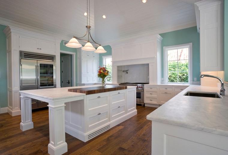 colori-pareti-cucina-azzurro-cielo