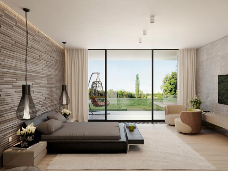 Come decorare parete dietro letto, parete in legno, lampade in metallo sospese, camera con vista giardino