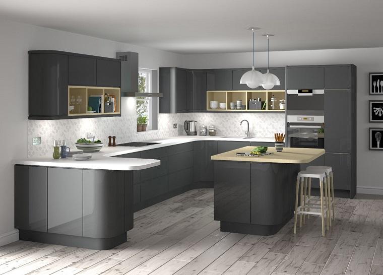 cucina-bianca-e-grigia-stile-elegante