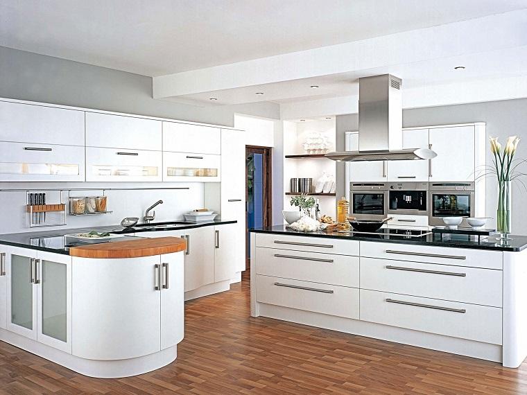 cucina bianca moderna-isola-laterale-top-legno