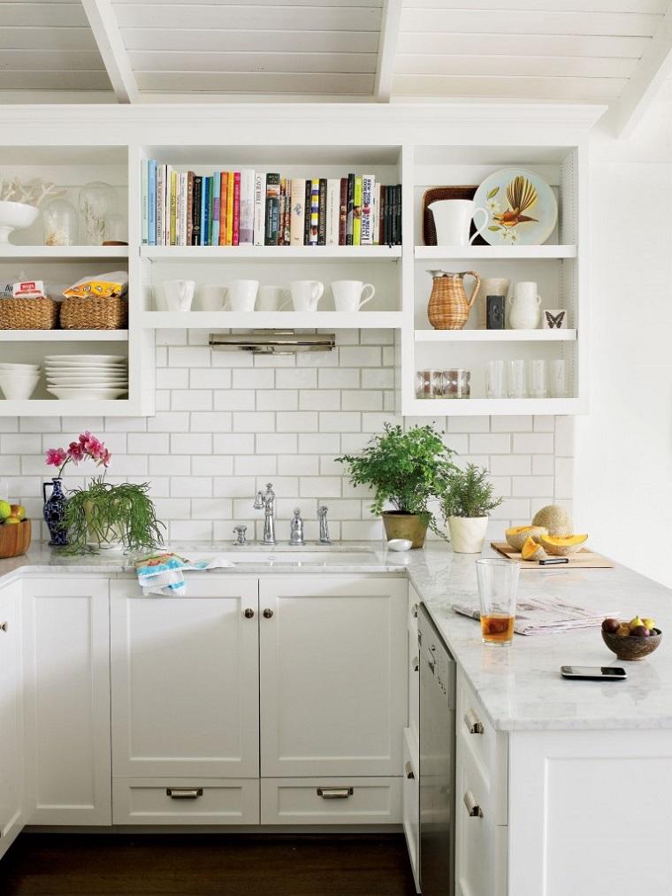 cucina-provenzale-arredamento-spazio-piccolo