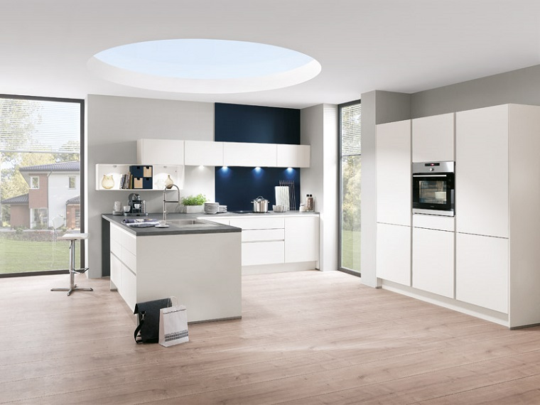 cucina bianca 10 idee di arredamento moderno per ogni gusto ed esigenza. Black Bedroom Furniture Sets. Home Design Ideas