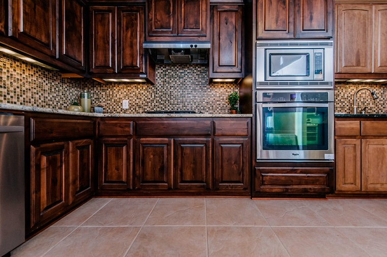 cucine-in-arte-povera-paraschizzi-mosaico