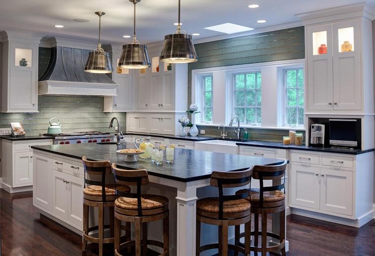 Cucine stile inglese: atmosfere calde, tanto legno e cura dei dettagli - Archzine.it