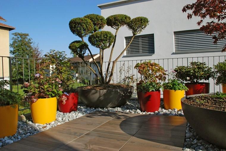 Decorare balcone i colori dell 39 estate per un 39 oasi di for Terrazzo fai da te