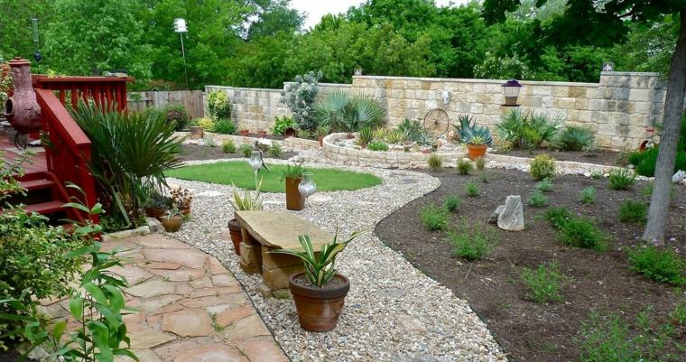 giardini-idea-spazio-molto-grande-pietra