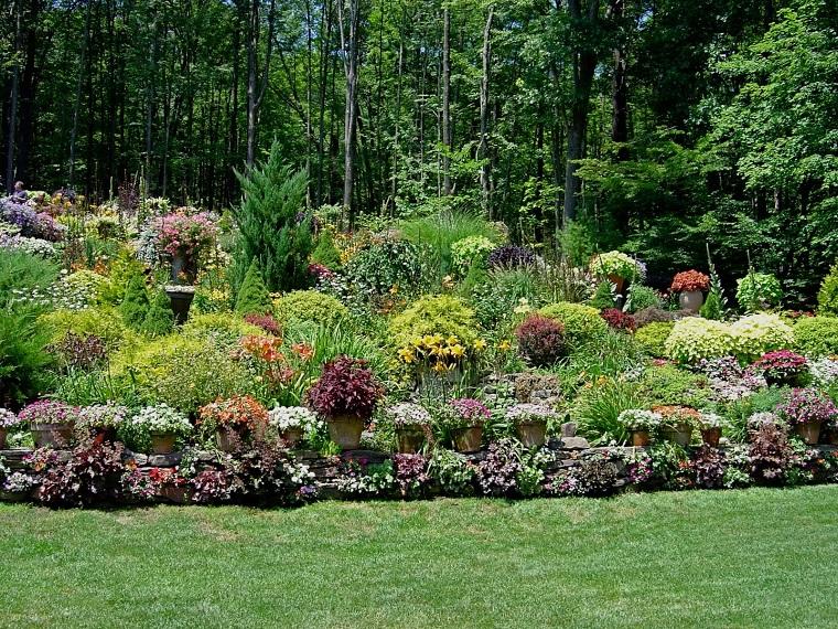 giardini-in-pendenza-idea-piante-sempreverdi