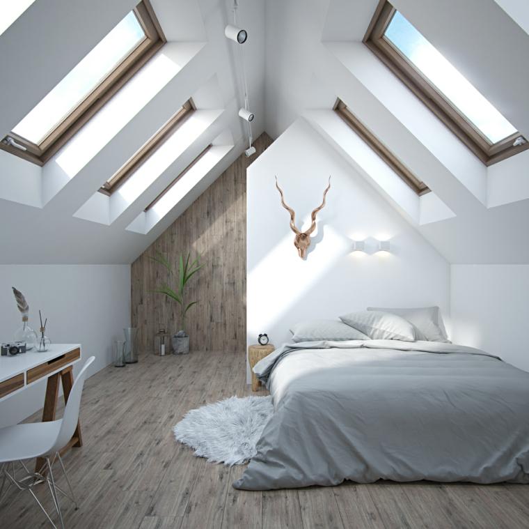 Zona notte in mansarda, soffitto in pendenza, finestre sul soffitto, pavimento in legno, camere matrimoniali moderne