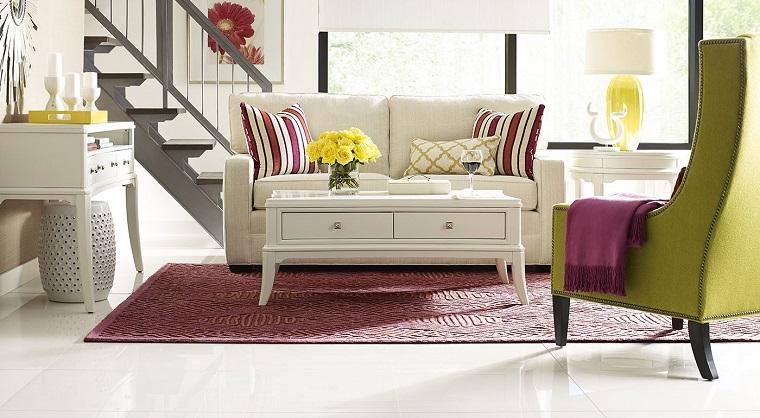 mobili per soggiorno-classici-tocco-colore