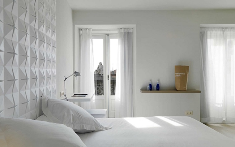 parete-decorata-pannello-colore-bianco