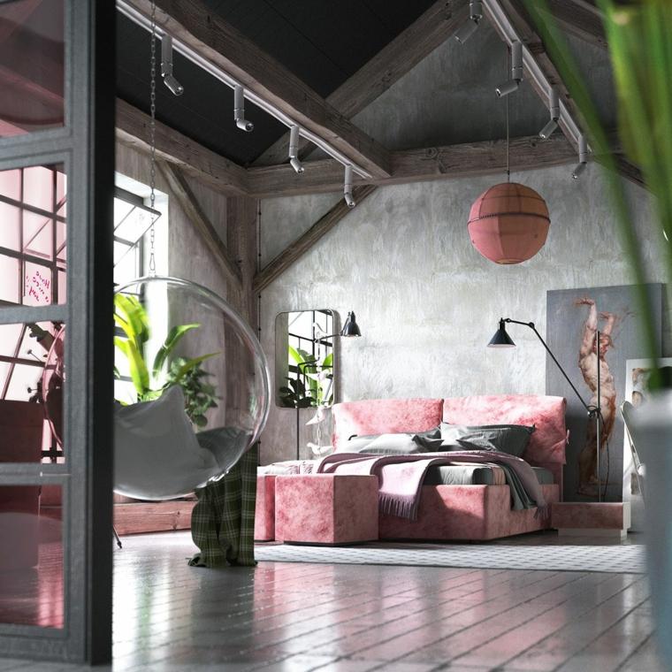 Soffitto con travi di legno, camera in mansarda, faretti sulle travi, letto rosa, colori rilassanti