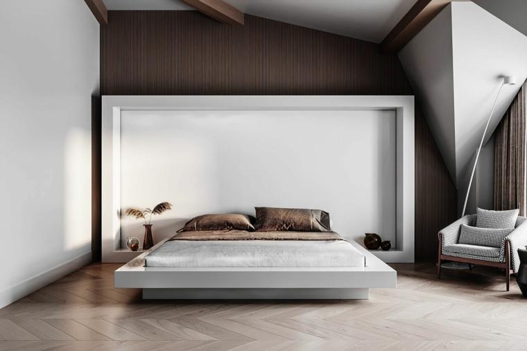 Come pitturare una stanza, parete marrone in legno, pavimento in legno parquet, soffitto in pendenza