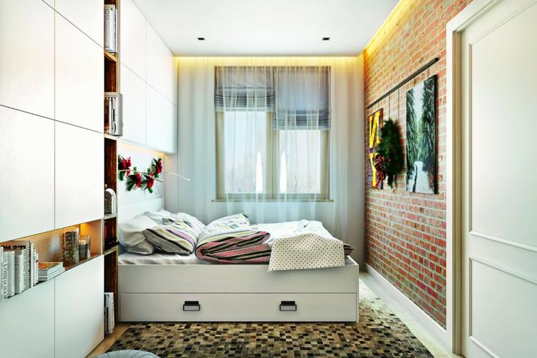 Tende bianche trasparenti, parete con carta da parati, carta da parati effetto mattoni, colori rilassanti