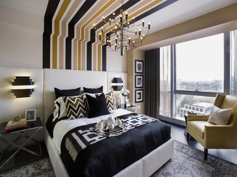 parete-zona-notte-decorata-soffitto